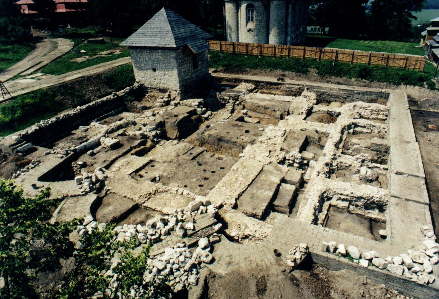Перспективи зруйнованого Успенського Собору: чи відбудують святиню в історичному Галичі?